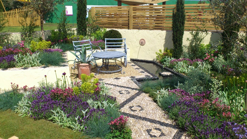 'Return to the Med' garden wins RHS Silver Gilt award!